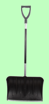 Лопата для снега пластмассовая с накладкой 410*410мм ВАРЯГ с V-образной алюминиевой ручкой